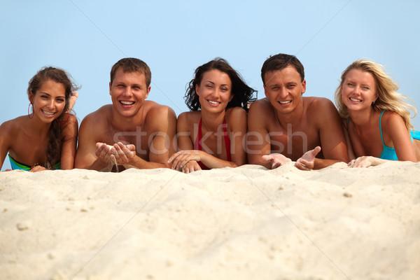 Stock foto: Entspannenden · Freunde · Porträt · glücklich · Mädchen · Jungs