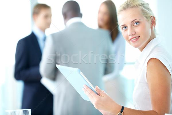 рабочих touchpad портрет довольно деловая женщина глядя Сток-фото © pressmaster