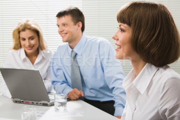 Başarılı iş kadını genç gülümseme arkadaşları Stok fotoğraf © pressmaster