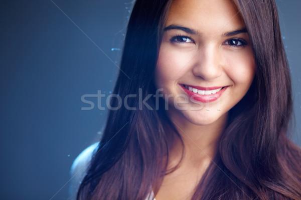 自然の美 肖像 若い女性 見える カメラ 笑顔 ストックフォト © pressmaster