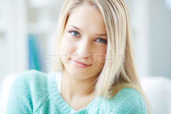 Saf gülümseme portre sarışın kız Stok fotoğraf © pressmaster