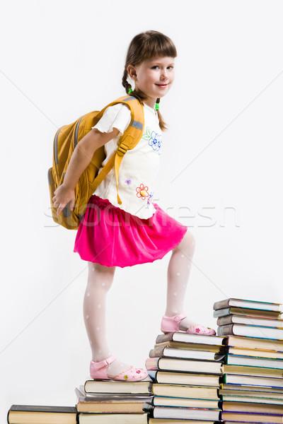 Szorgalmas óvodás sétál lefelé felső könyv Stock fotó © pressmaster
