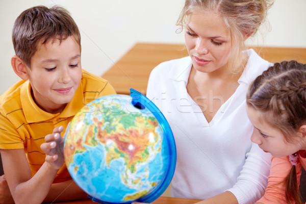 勉強 地理 肖像 かわいい クラスメート 教師 ストックフォト © pressmaster