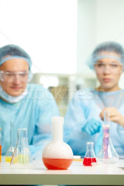 Prueba nuevos sustancia laboratorio botella químicos Foto stock © pressmaster