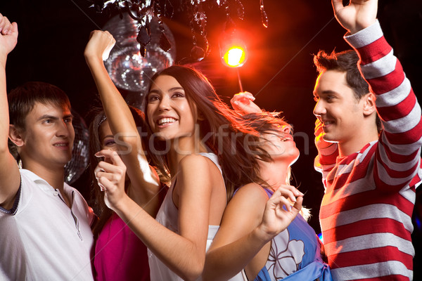 Bewegende blijde vrienden clubbing ander Stockfoto © pressmaster