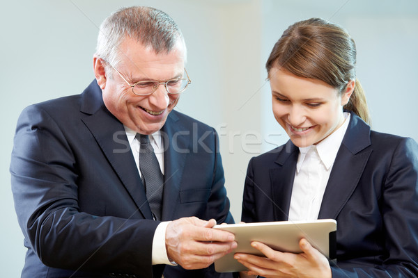 Teamarbeit Chef Sekretär schauen modernen Gadget Stock foto © pressmaster