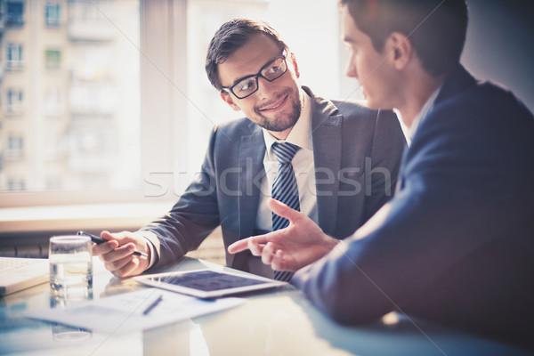 Stok fotoğraf: Toplantı · görüntü · iki · genç · işadamları