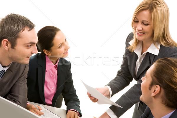 Stockfoto: Discussie · afbeelding · zakenlieden · communiceren · werken · vergadering