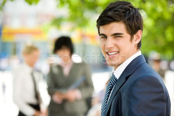 Zdjęcia stock: Udany · pracownika · portret · biznesmen · uśmiechnięty · kamery