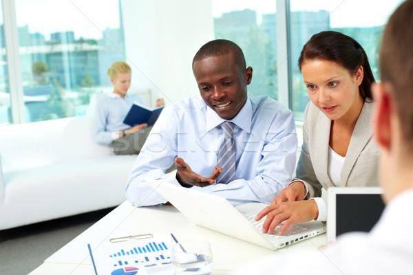 Rede retrato dois parceiros de negócios networking escritório Foto stock © pressmaster