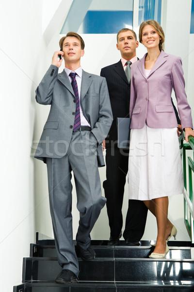 Konferencia portré üzletemberek lefelé lépcsősor közelgő Stock fotó © pressmaster