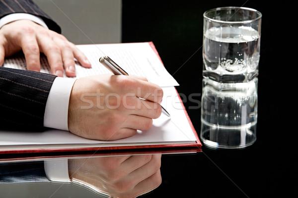 Vue mains humaine stylo prêt écrire Photo stock © pressmaster