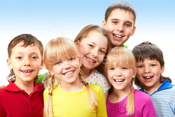Jeugd groep aanbiddelijk jongens meisjes samen Stockfoto © pressmaster