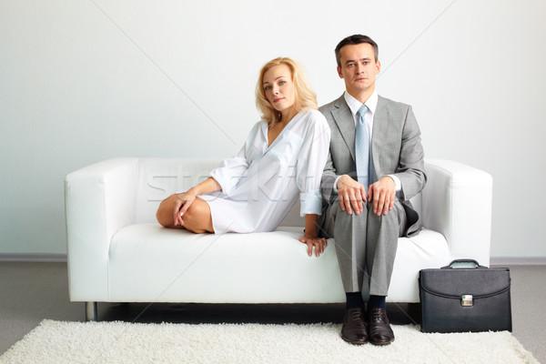 Nerveus zakenman sensueel dame vergadering sluiten Stockfoto © pressmaster