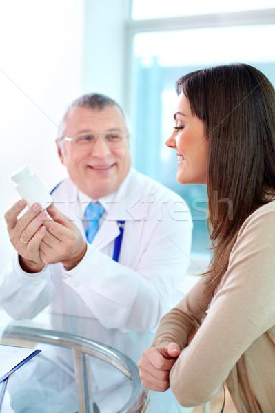 Konzultáció portré csinos beteg kórház nő Stock fotó © pressmaster