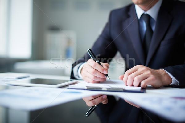 Pensando idéias masculino mãos caneta Foto stock © pressmaster