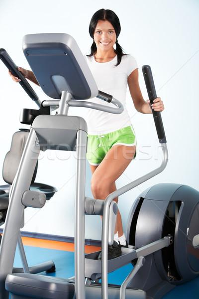 Testmozgás kép gyönyörű lány képzés apparátus sport Stock fotó © pressmaster