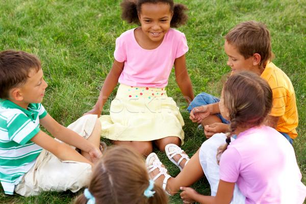 Photo stock: Enfants · à · l'extérieur · portrait · cute · assis · herbe · verte