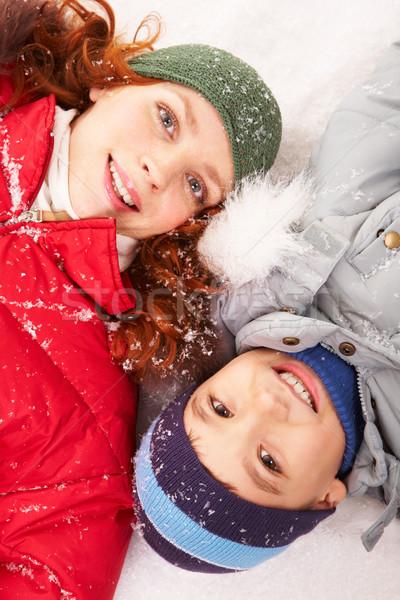 Ouder kind moeder sneeuw naar Stockfoto © pressmaster