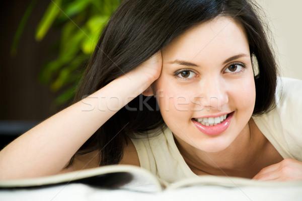 Stok fotoğraf: Akıllı · kız · yüz · kadın · bakıyor