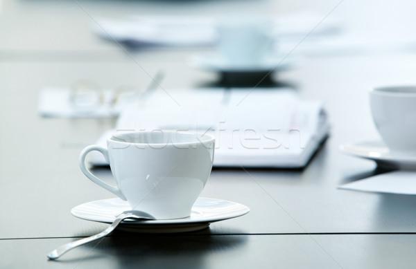 Manhã local de trabalho copo café negócio objetos Foto stock © pressmaster