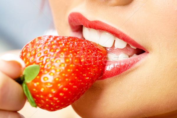 Sweet strawberry Stock photo © pressmaster