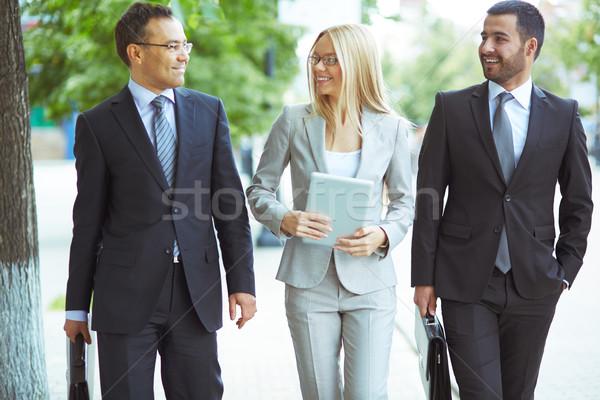 Zdjęcia stock: Przyjazny · zespół · firmy · obraz · dwa · mężczyzn · kobieta