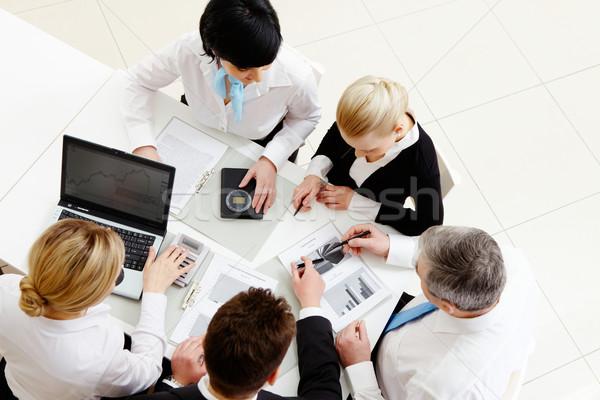 Emberek dolgoznak fölött kilátás üzleti partnerek üzlet férfi Stock fotó © pressmaster