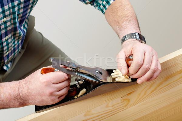 Foto stock: Madera · trabajo · manos · carpintero · de · trabajo · avión