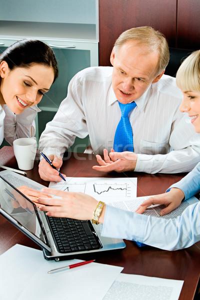 Stock foto: Business · Diskussion · vertikalen · Bild · drei · Geschäftsleute