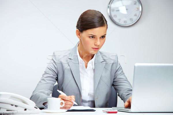 Ofis işleri görüntü genç işveren planlama çalışmak Stok fotoğraf © pressmaster