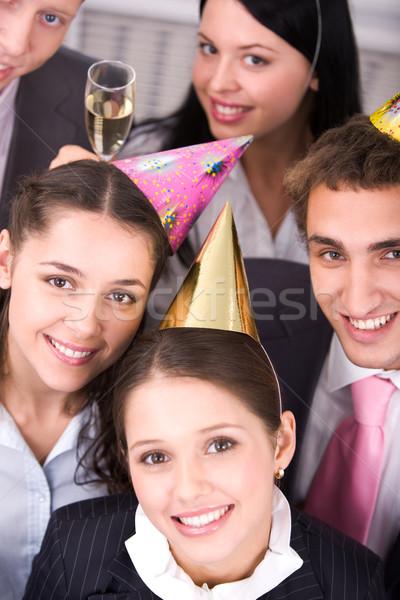 Сток-фото: празднование · дня · рождения · портрет · радостный · коллеги · рождения · глядя