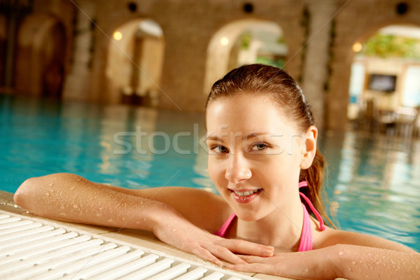 énergique Homme portrait joli fille piscine Photo stock © pressmaster