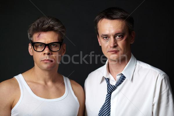 Mannen portret twee mannen naar camera donkere Stockfoto © pressmaster