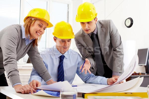 Stock foto: Drei · Sitzung · Tabelle · schauen · Projekt · Business