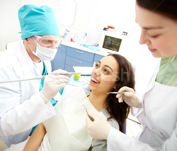 Ustny dość dziewczyna posiedzenia dentysta kobieta Zdjęcia stock © pressmaster