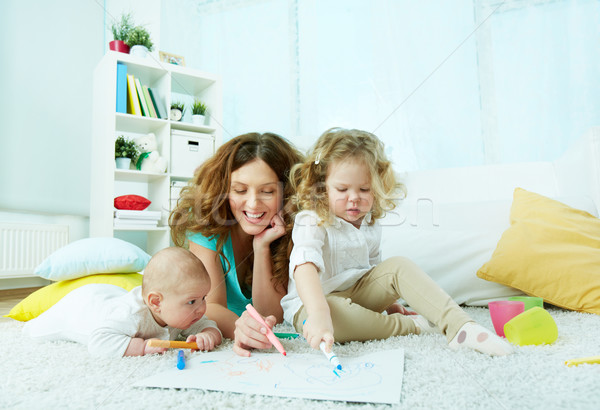 семьи уик-энд очаровательный три домой рисунок Сток-фото © pressmaster
