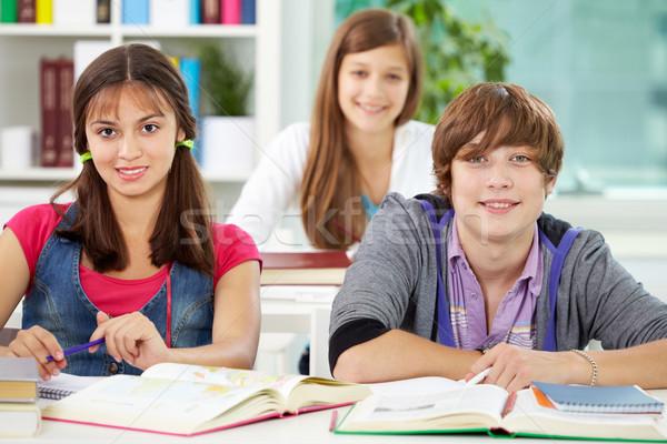 Foto stock: Estudantes · faculdade · retrato · inteligente · olhando