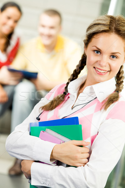 Foto stock: Inteligente · adolescente · retrato · menina · feliz · livros · mãos