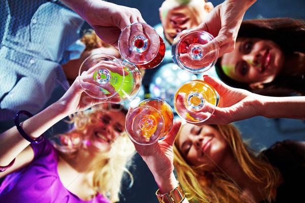ünneplés fenék kilátás sok barátok tart Stock fotó © pressmaster