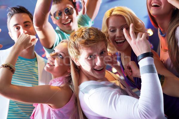 Dynamisme portret blij vent meisje dansen Stockfoto © pressmaster