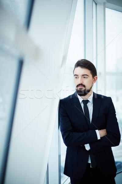 Mężczyzna pracownika obraz biznesmen patrząc Zdjęcia stock © pressmaster