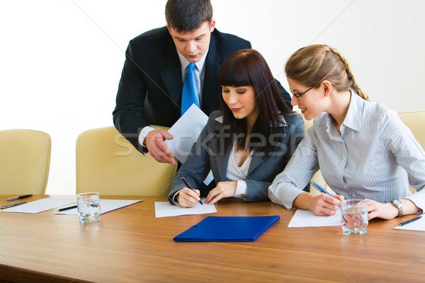 Sali konferencyjnej obraz trzy działalności Zdjęcia stock © pressmaster