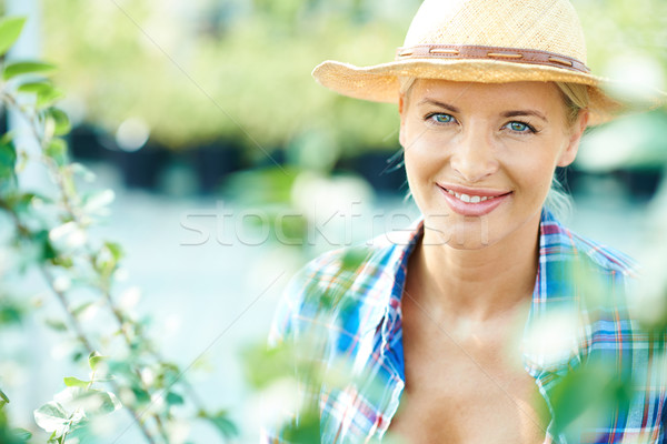 Pretty farmer Stock photo © pressmaster