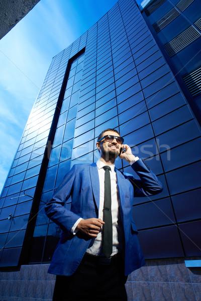 Foto stock: Falante · celular · vertical · imagem · sorridente · empresário