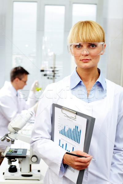 ストックフォト: 女性 · 科学 · 紙 · ペン · 薬 · 看護