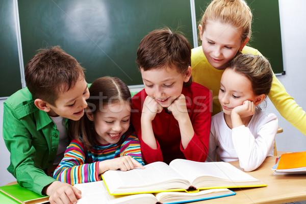 Stockfoto: Lezing · boek · portret · vriendelijk · groep · klas