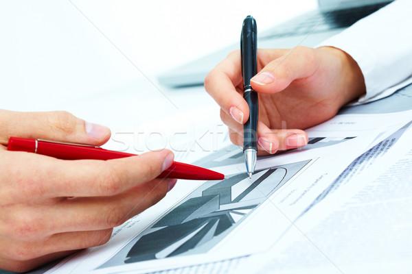 Planejamento trabalhar pessoas mãos discussão Foto stock © pressmaster