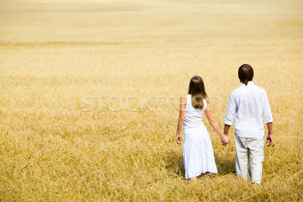 Ensemble image couple mains marche Photo stock © pressmaster