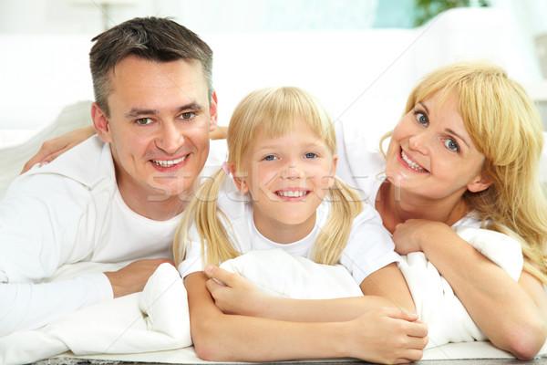 Boldog család portré boldog mosolyog család három Stock fotó © pressmaster
